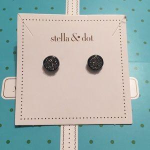 Stella & Dot Relic Studs